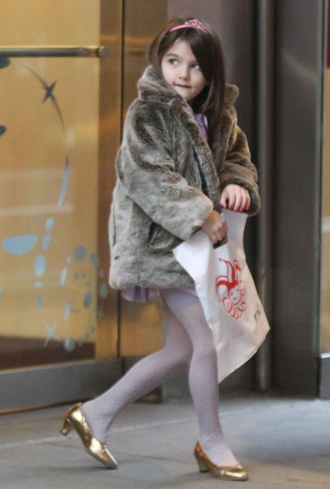 Какой каблук допускается для девочки 6, 8 или 10 лет  Как правильно выбрать  туфли на каблуке  Об этом пойдет речь в нашей статье. 05afcebae62