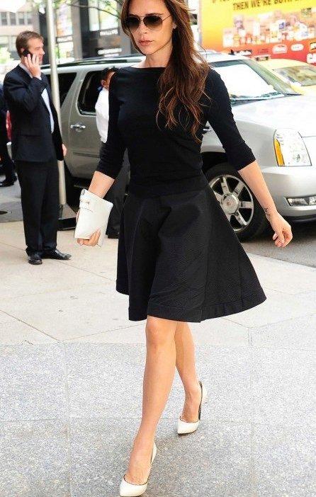 Туфли к бело-черному платью