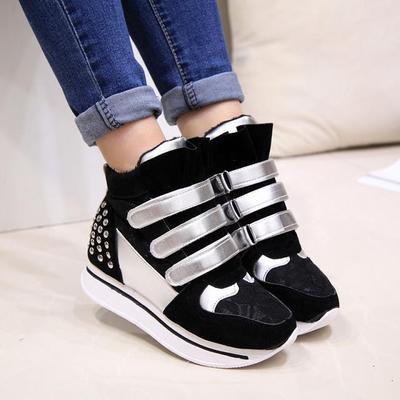 сникерсы - кроссовки на липучках на платформе – модный и стильный вид  обуви. Является украшением женской ножки, к тому же они практичны и  непромокаемы. 1828d02539e