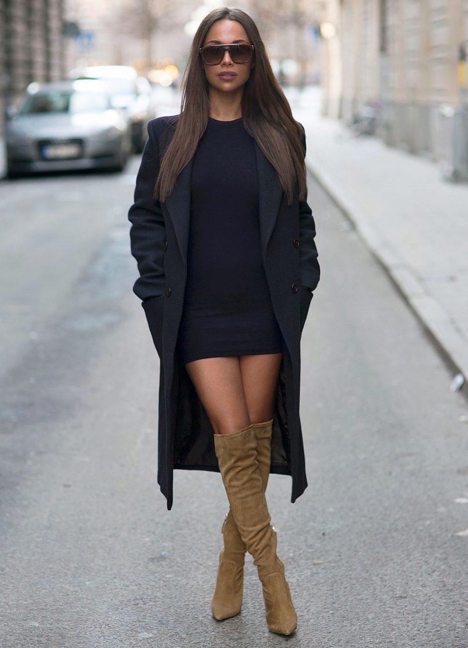Сапоги на высоком каблуке с платьем