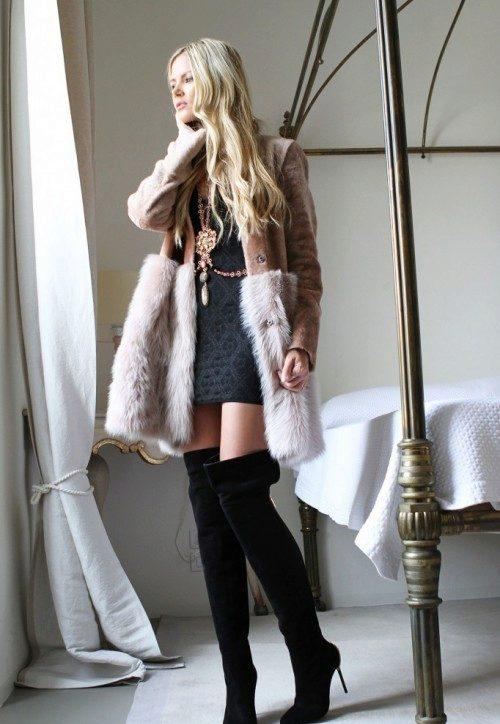 девушки в пальто юбке и сапогах фото