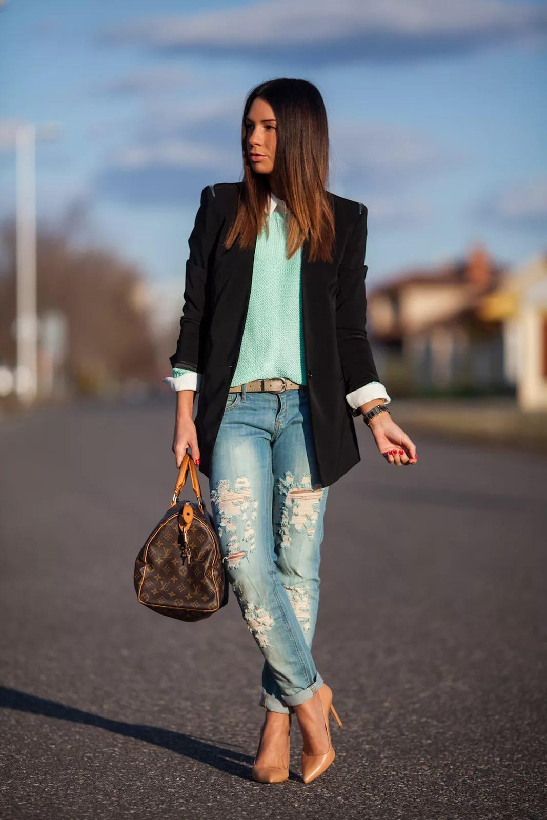 Фото девушек в бежевых туфлях