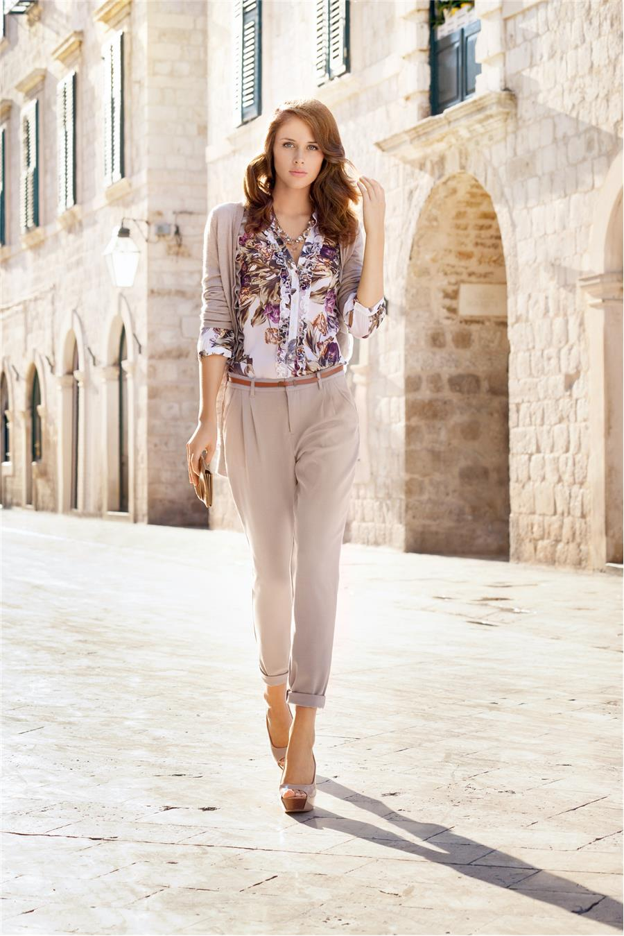 Красивые девушки с брюками фото
