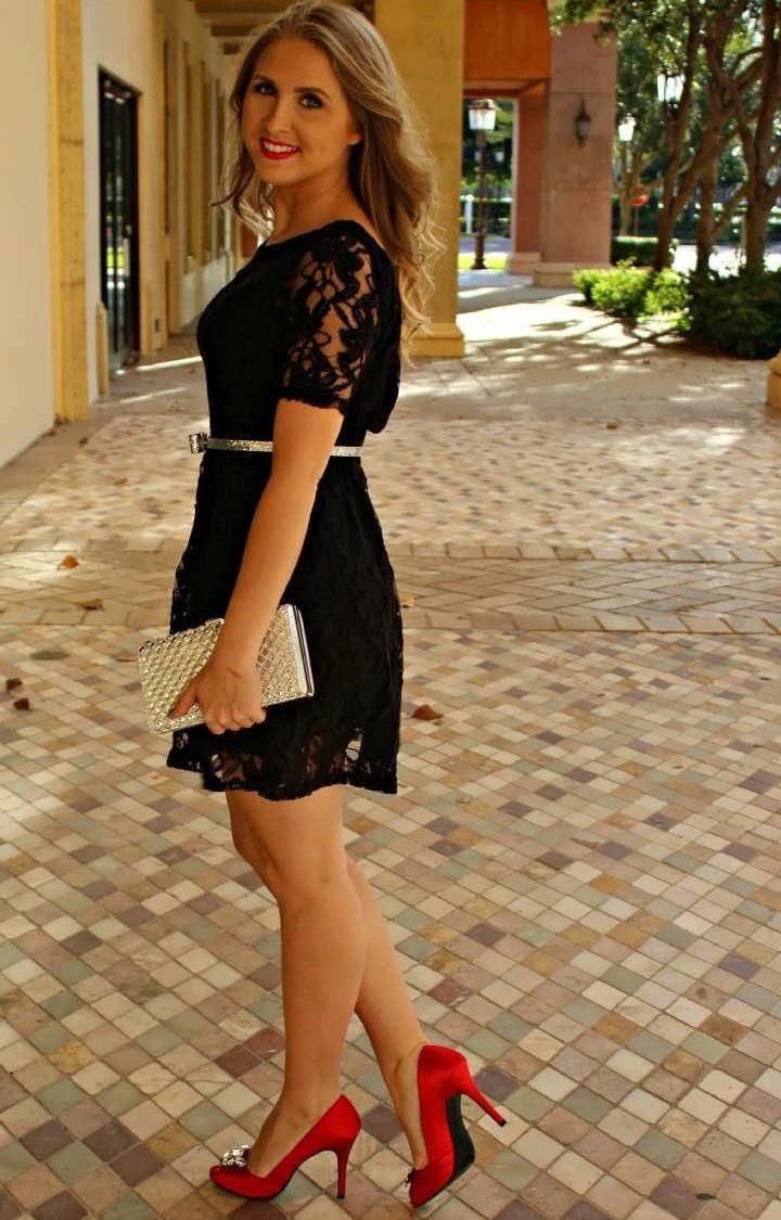 Красные туфли с платьем