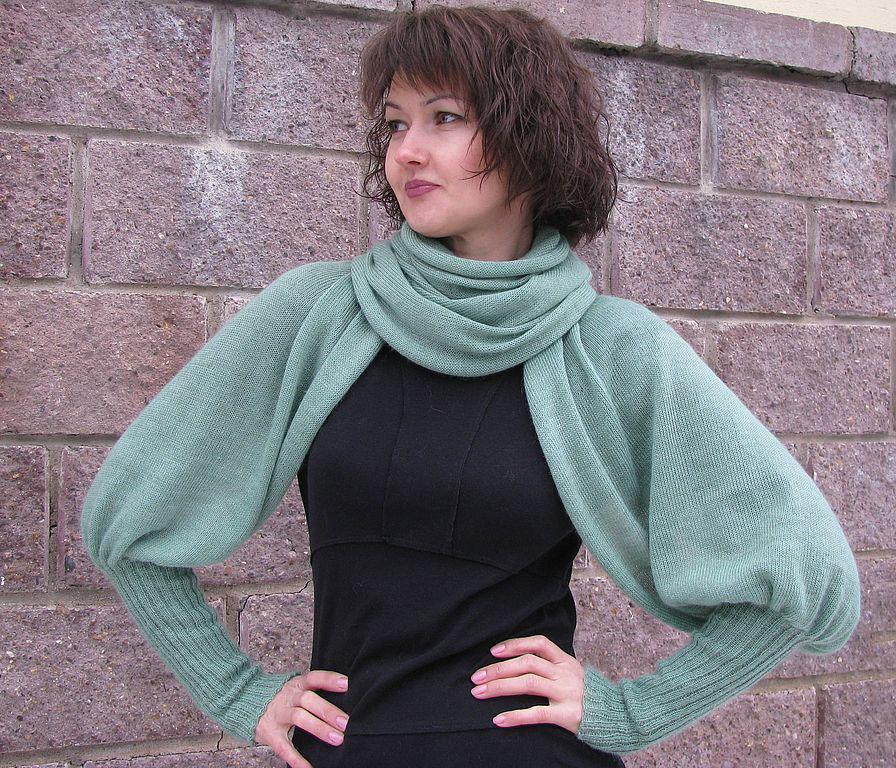 Вязанный шарф-кофта