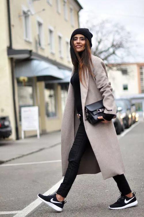 cf04102afb1 Спортивное пальто (39 фото)  модное женское пальто спортивного стиля ...