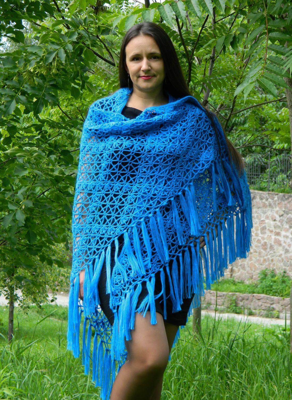 6e056ff1f2cd Вязаные косынки (26 фото): модные платки для женщин, стильные ...