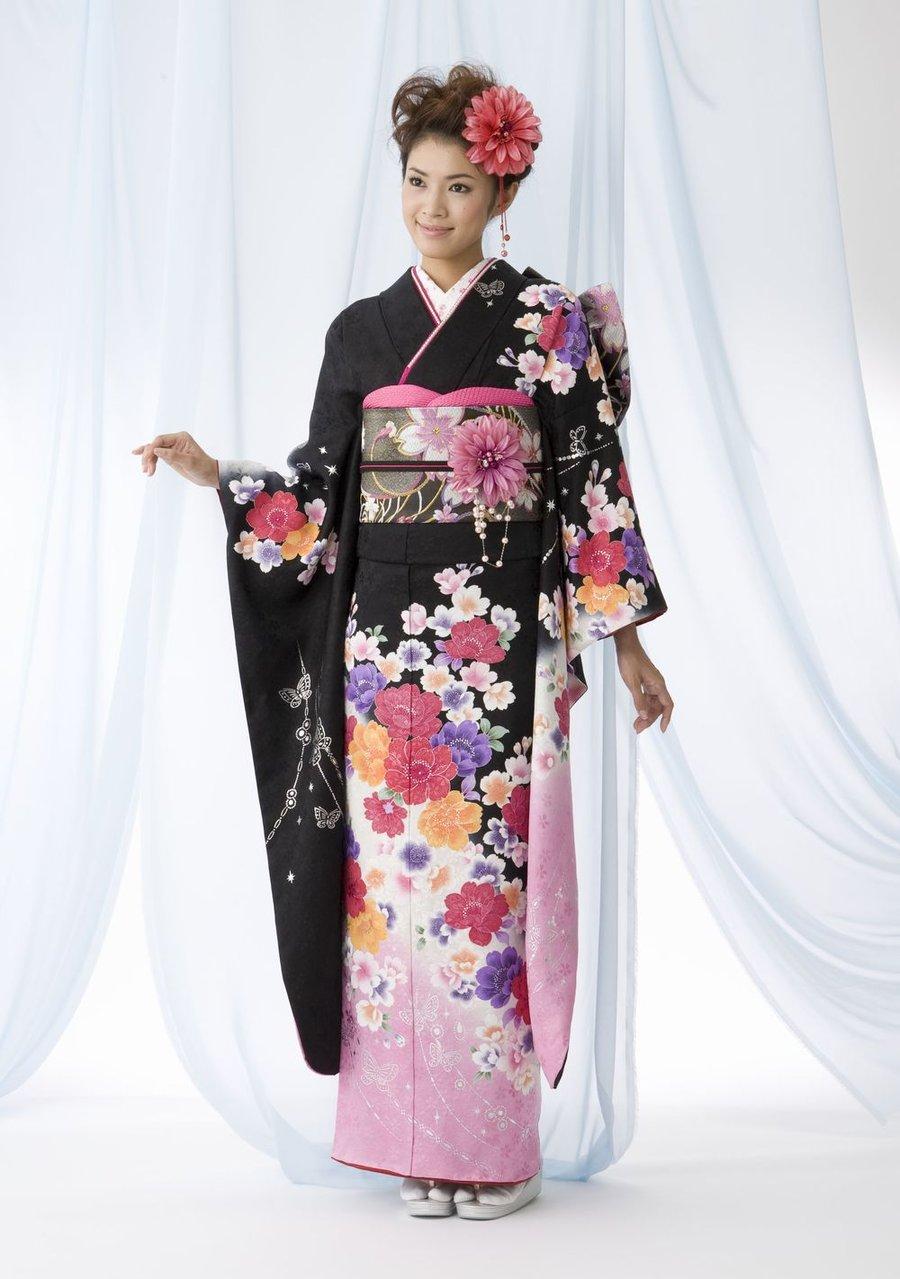 63fc468d662 Японские мотивы можно назвать настоящим чудом света. Впервые национальные  костюмы Японии упомянули в своих нетленных рукописях мудрецы из  Поднебесной. ...