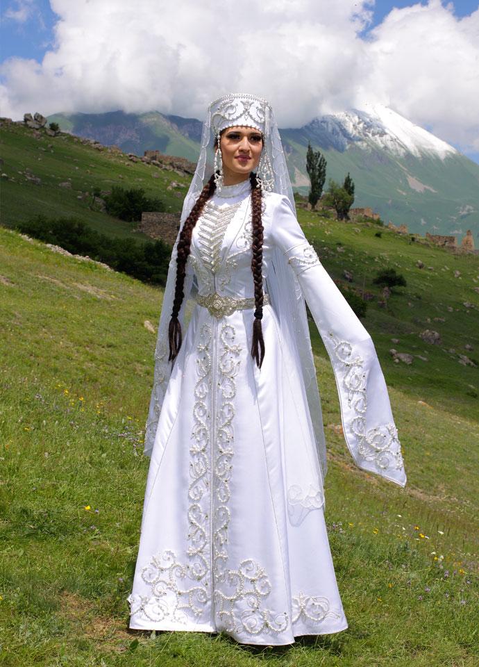 Армянский национальный костюм для девочки 76