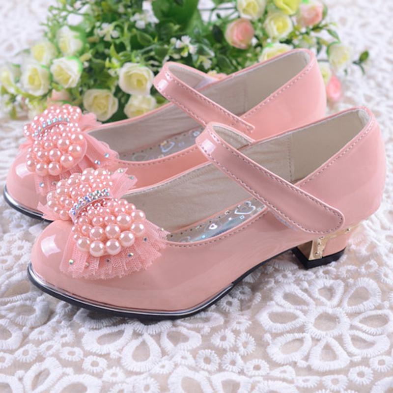 Как выбрать туфли для девочек