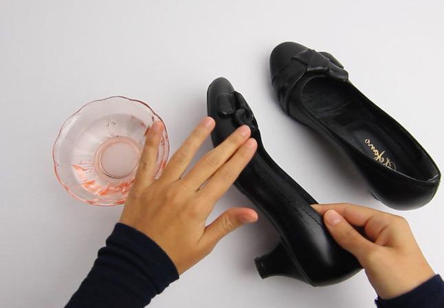 Как разносить тесную обувь в домашних условиях из натуральной 120