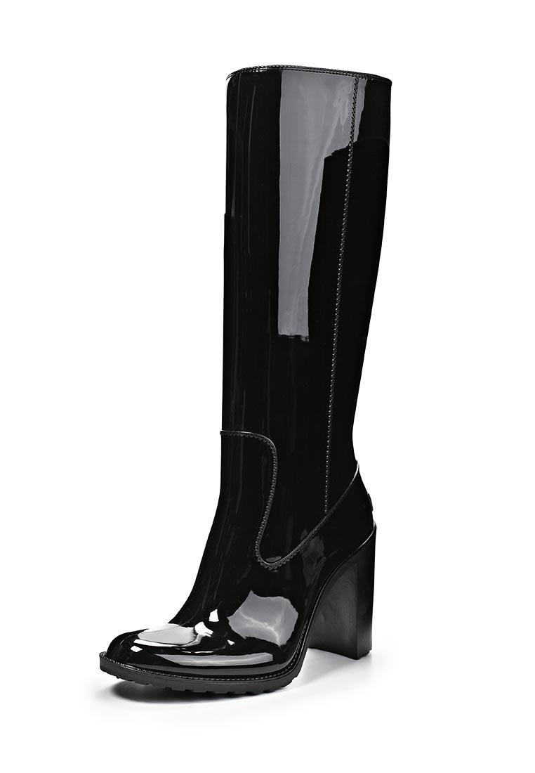 a4f8c3372 Благодаря тому, что дизайнеры преобразили эту обувь и сделали ее красивой, резиновые  сапоги гармонично впишутся во многие женские ...
