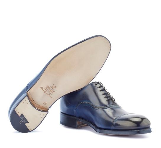 cafd95cec Благодаря использованию дорогих материалов, классическому дизайну и  изысканному декору, туфли Fabi относятся к разряду элитной, люксовой обуви.