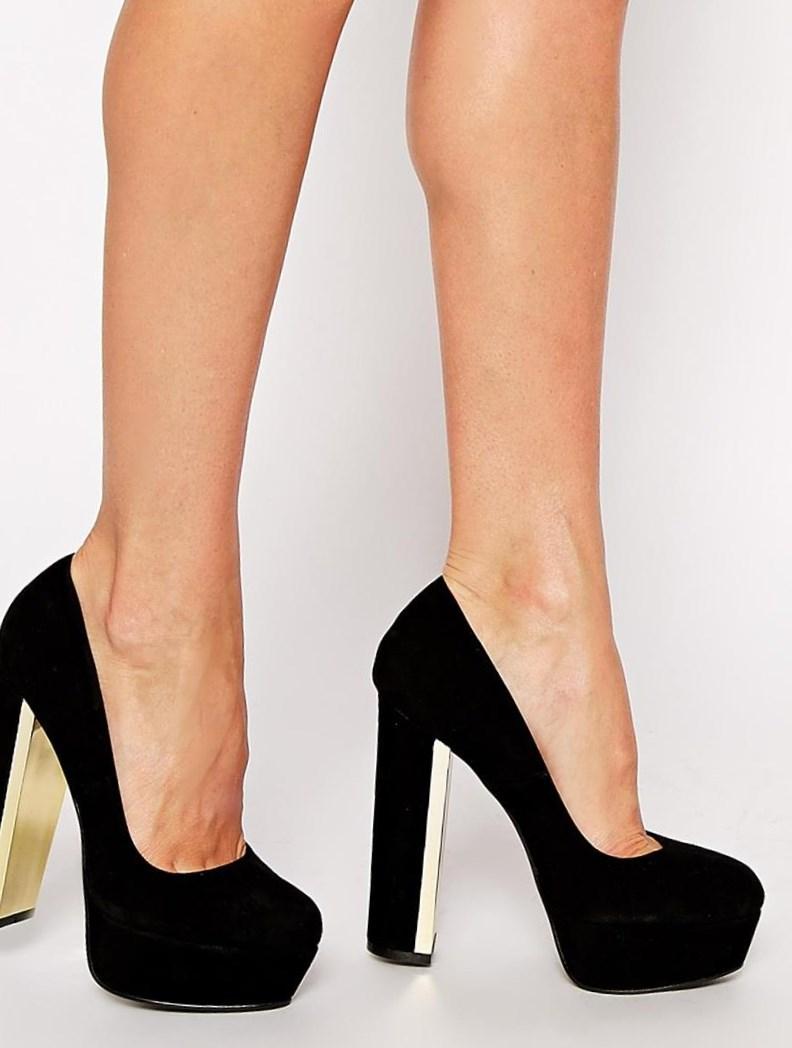 54a9cb04e Замшевые черные туфли (61 фото): с чем носить вечерние модели со стразами и  повседневные, как почистить замшу