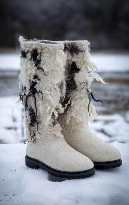 Для регионов с более мягкими погодными условиями отлично подойдут зимние  сапоги-валенки. Они могут быть утепленными, с добавлением меховой опушки  или более ... 20041751805