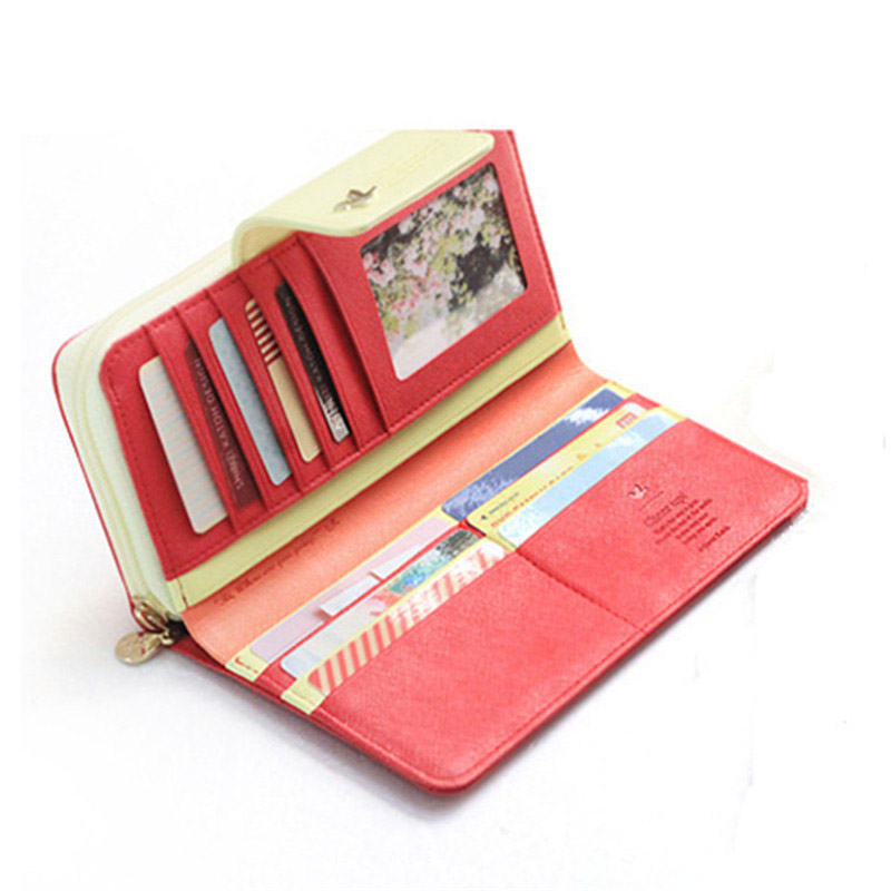 d67a2e169d4c Бумажник – он так называется по причине того, что применяется для хранения  бумаг. В кошельке есть множество секций для банкнот и документов, ...