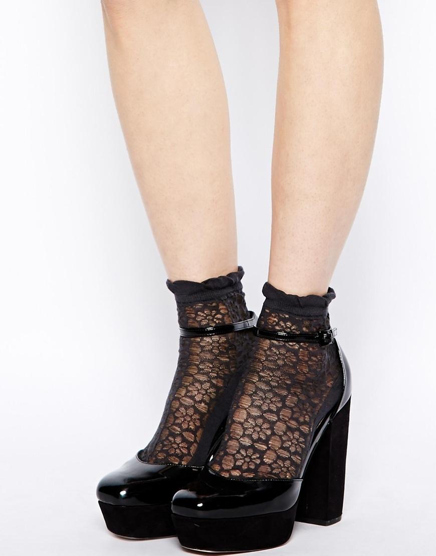 ae026148911ae Спортивные носки по своему крою немного укорочены, их длина едва ли  достигает уровня щиколотки, что делает их идеальным вариантом для  использования со ...