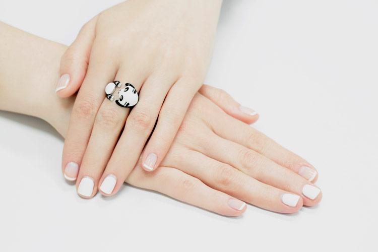 кольцо талисман со знаком бесконечности