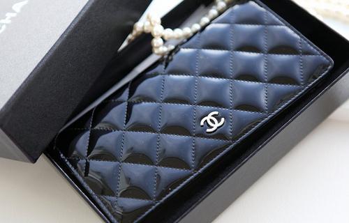 Кошелек Chanel (35 фото)  женское портмоне и кожаные брендовые модели 23cec0e078101