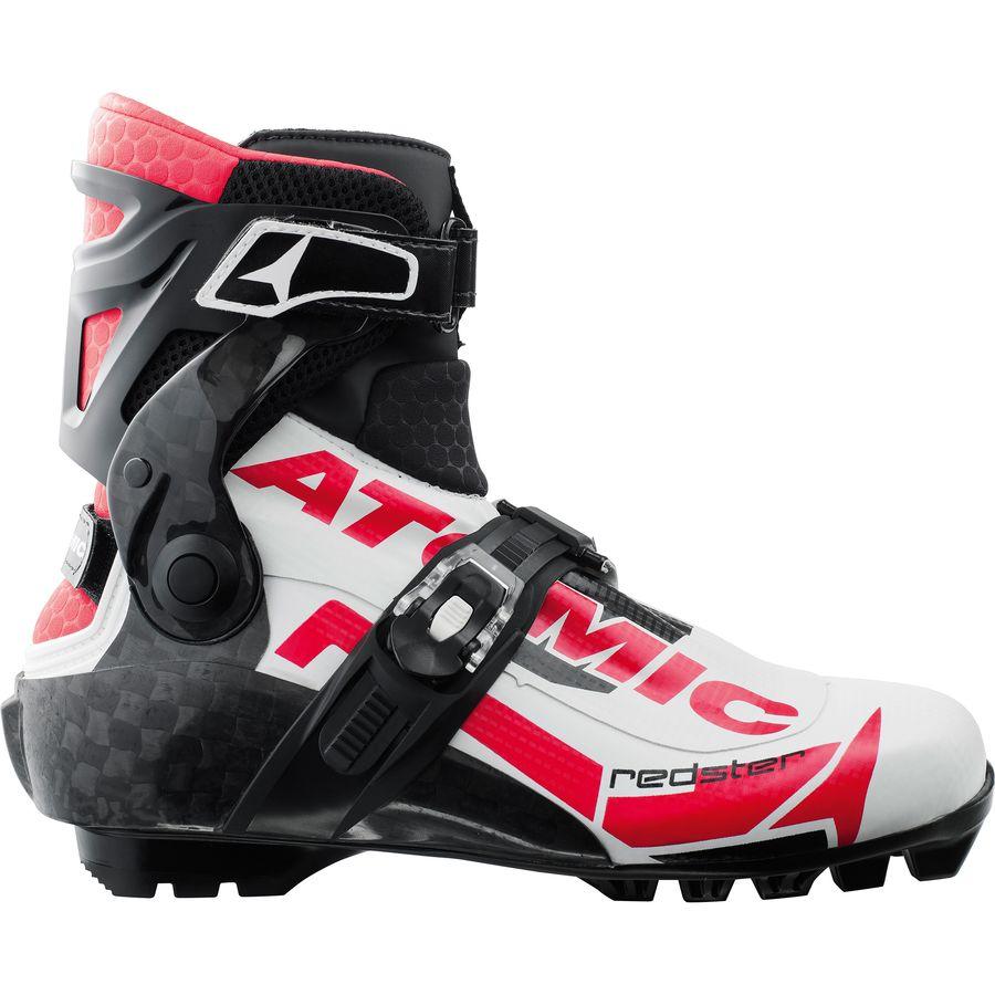 Высокие лыжные ботинки