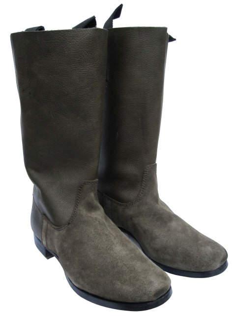 a9f359dbc На протяжении всей Второй мировой войны немецкие солдаты пользовались  маршевыми сапогами Marschstiefel. Эта обувь изготавливалась из прочной  коровьей шкуры, ...