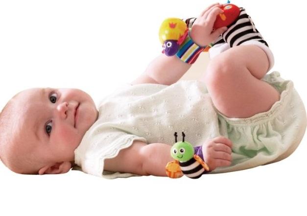 noski-dlya-novorozhdennyh-33 Носки для новорожденных (59 фото): вязаные модели для девочек, определяемся с размерами