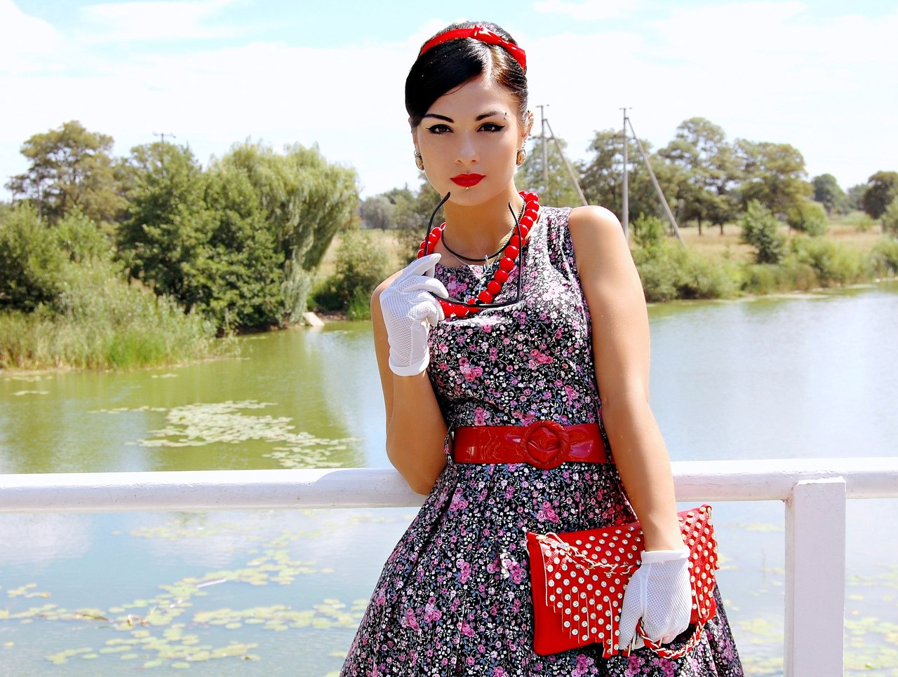 Одежда стиляги для девушки. Как одевались девушки стиляги