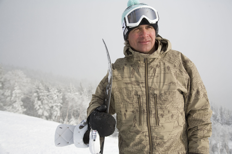 jake burton snowboards Jake burton carpenter founded burton snowboards out of his vermont barn back in 1977, and has dedicated his life to snowboarding ever since burton served a pivotal role in growing snowboarding.