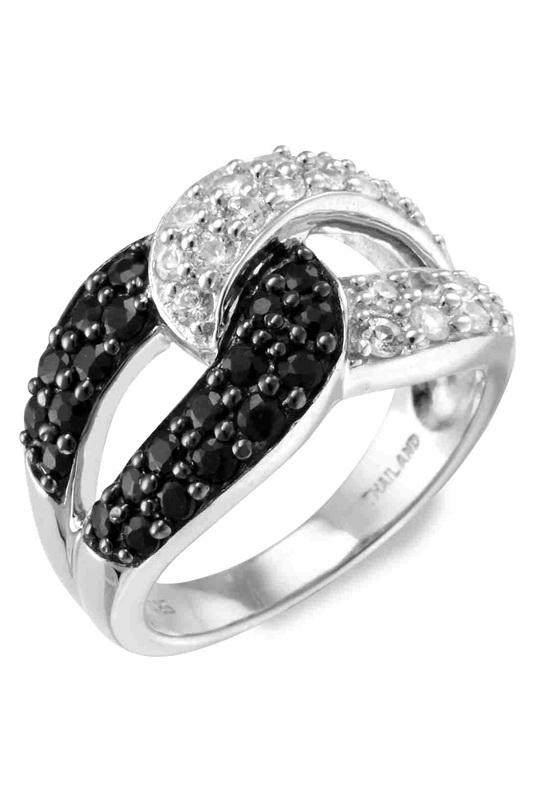 042d372789f3 ... то широкие кольца – это то, что вам нужно. На широких моделях легче  всего поместить дополнительный декор – камни или гравировку. Как и золотые  колечки, ...