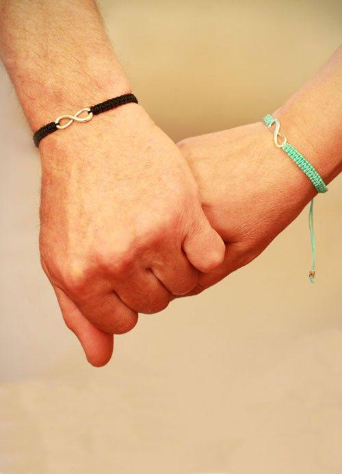 браслет для девушки со знаком бесконечности