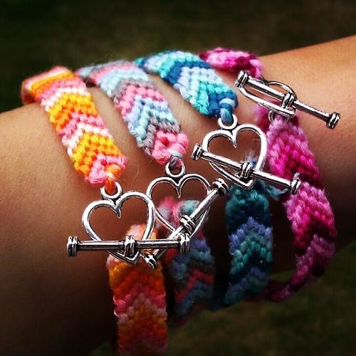 Как сделать браслеты дружбы 379