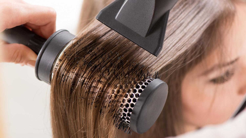 Как уложить волосы феном как правильно научиться самой 32