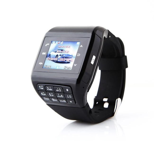 При изготовлении часов с чувствительным экраном производители обычно  используют металлический или пластиковый корпус. Мастера дополняют модели  многими ... be87632cf1d33