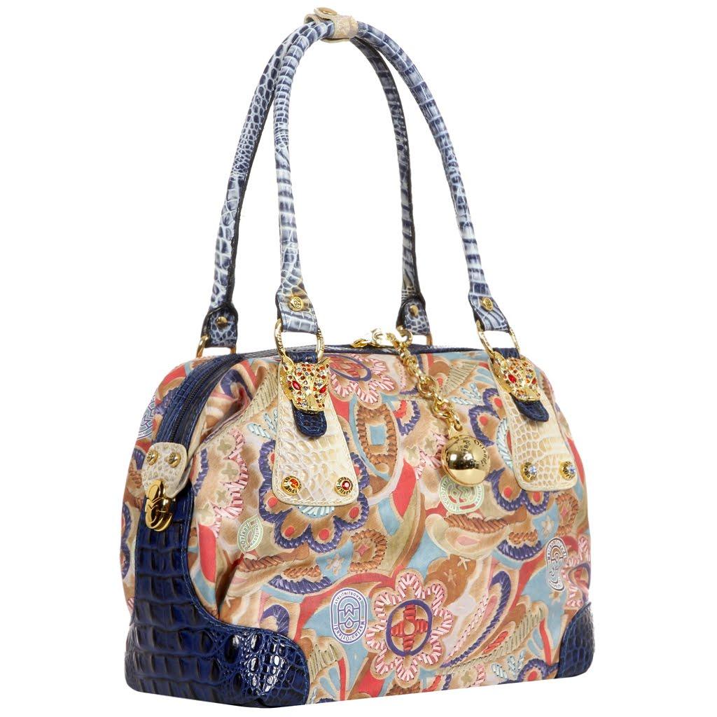 d4c359655cb0 ... Marino Orlandi обычно являются любительницы приобретать изделия от  знаменитых марок, которые укажут на их вкус и статус. Крайне любимы женские  сумки ...