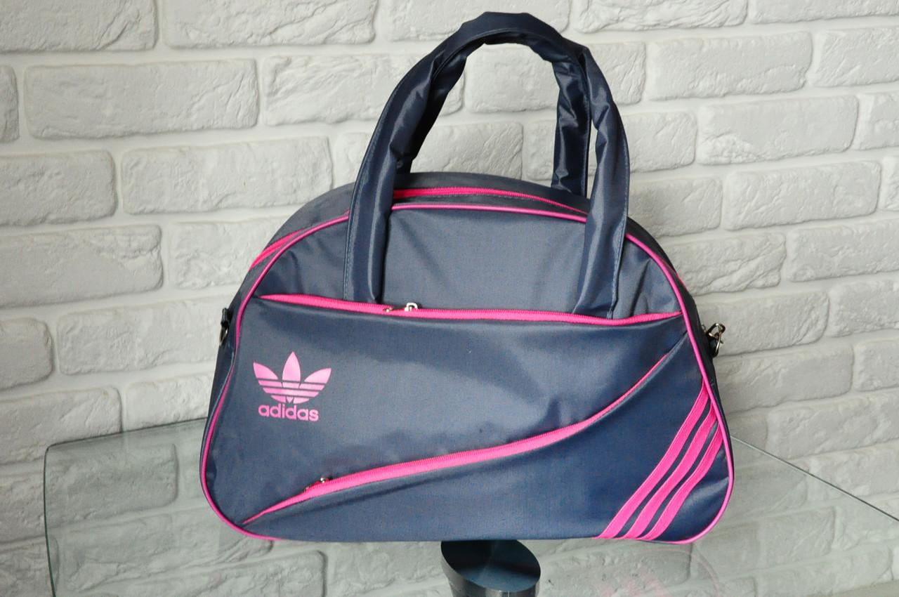 a8f05110b641 Любители спортивного бренда Adidas могут приобрести для себя также дорожную  спортивную сумку.