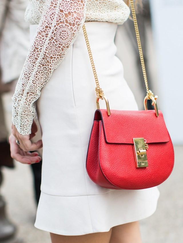 688677f6d0fc Но если вы хотите всегда оставаться женственной и неподражаемой, стилисты  советуют обратить свое внимание на Chloe, ведь даже небольшая сумочка из  коллекции ...