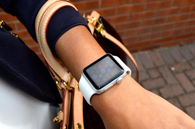 Часы женские наручные от айфона купить ретро часы касио