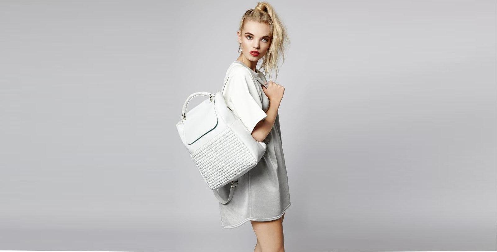 vykrojka-i-poshiv-sumki-ryukzak-24 Выкройка сумки-рюкзака (50 фото): как сделать женскую модель трансформер своими руками и как сшить для ребенка