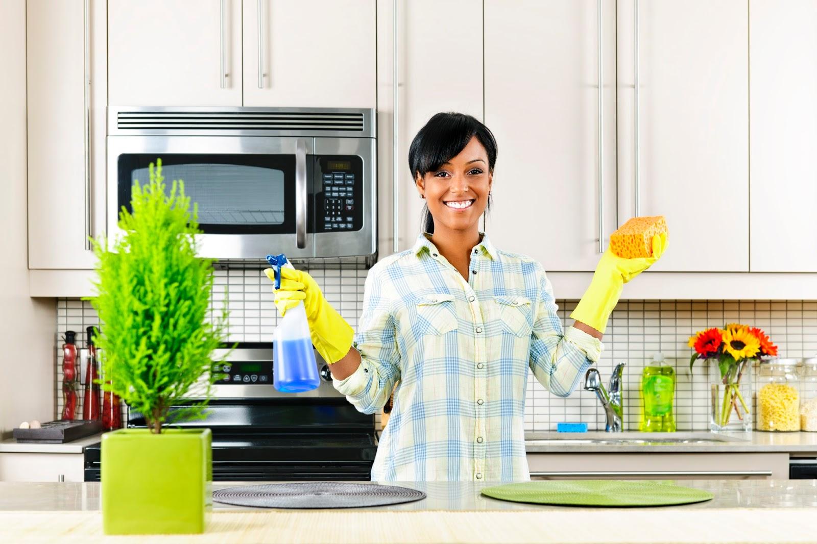 Как очистить вытяжку на кухне от жира и копоти в домашних