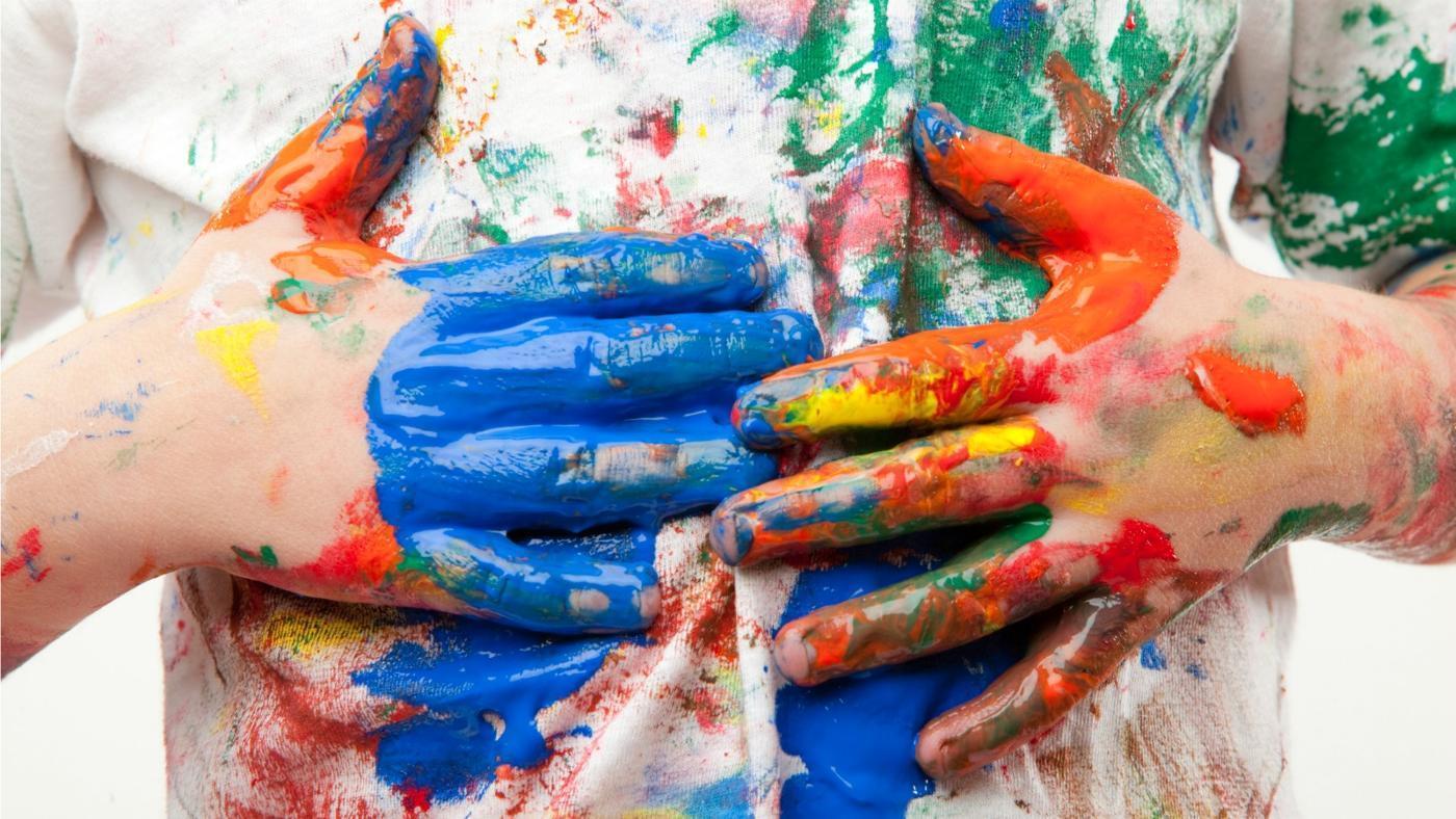Как вывести пятна от акварельной краски в домашних условиях