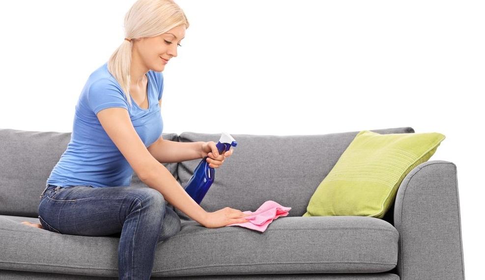 Почистить диван в домашних условиях от разводов на 102
