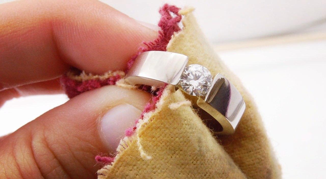 Чистим серебряную цепочку в домашних условиях