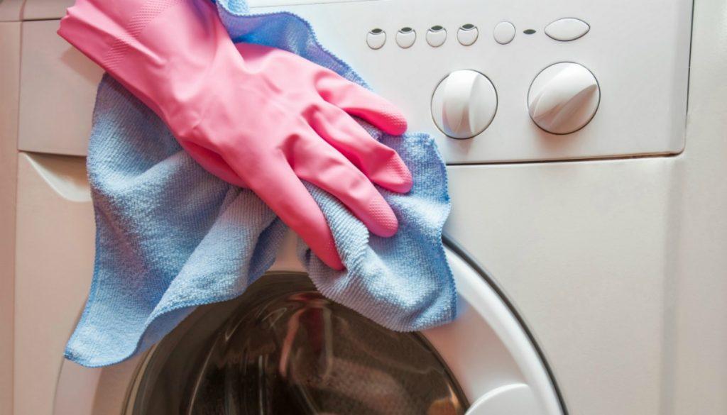 запах из стиральной машины как избавиться содой