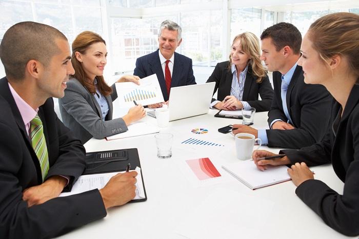 7f740eaf384 Тип переговоров определяется и социальным положением сторон. Равноправными  называются переговоры между партнерами и коллегами