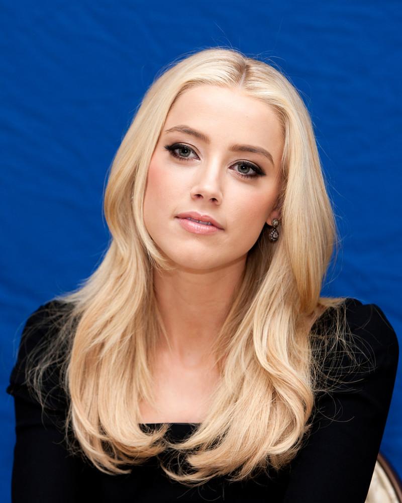 Блондинка какой цвет бровей лучше