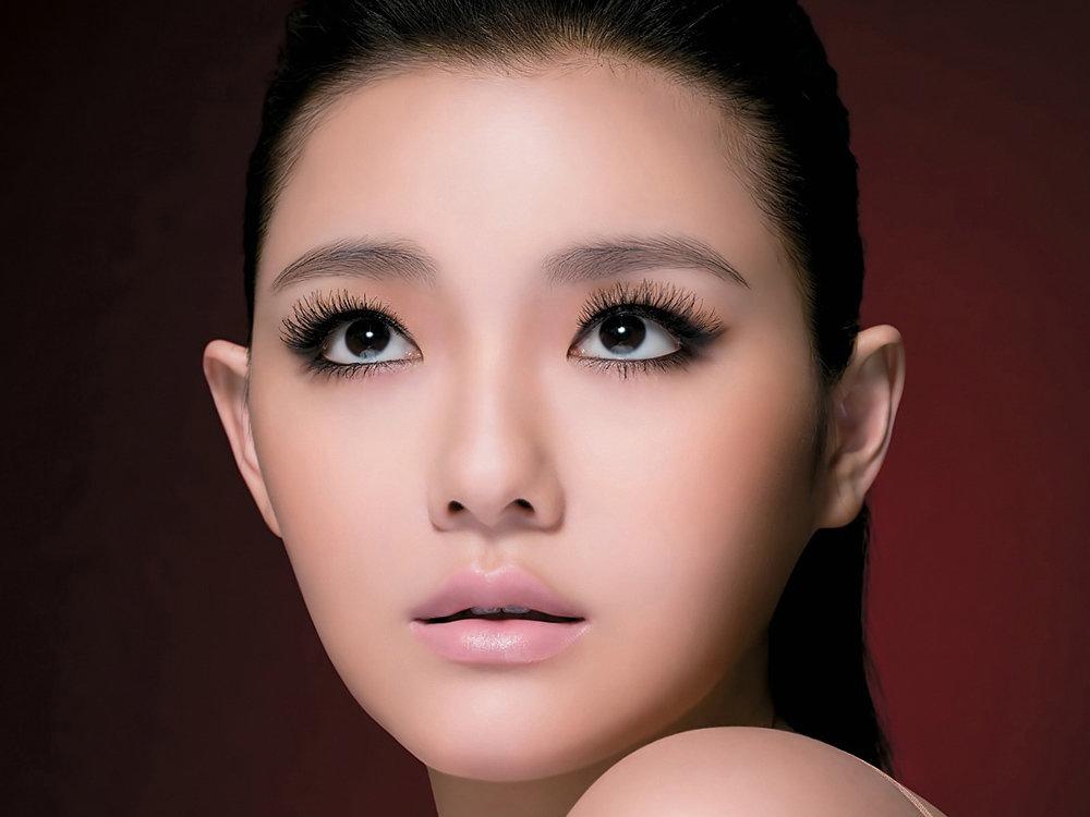 Макияж для азиатки с карими глазами