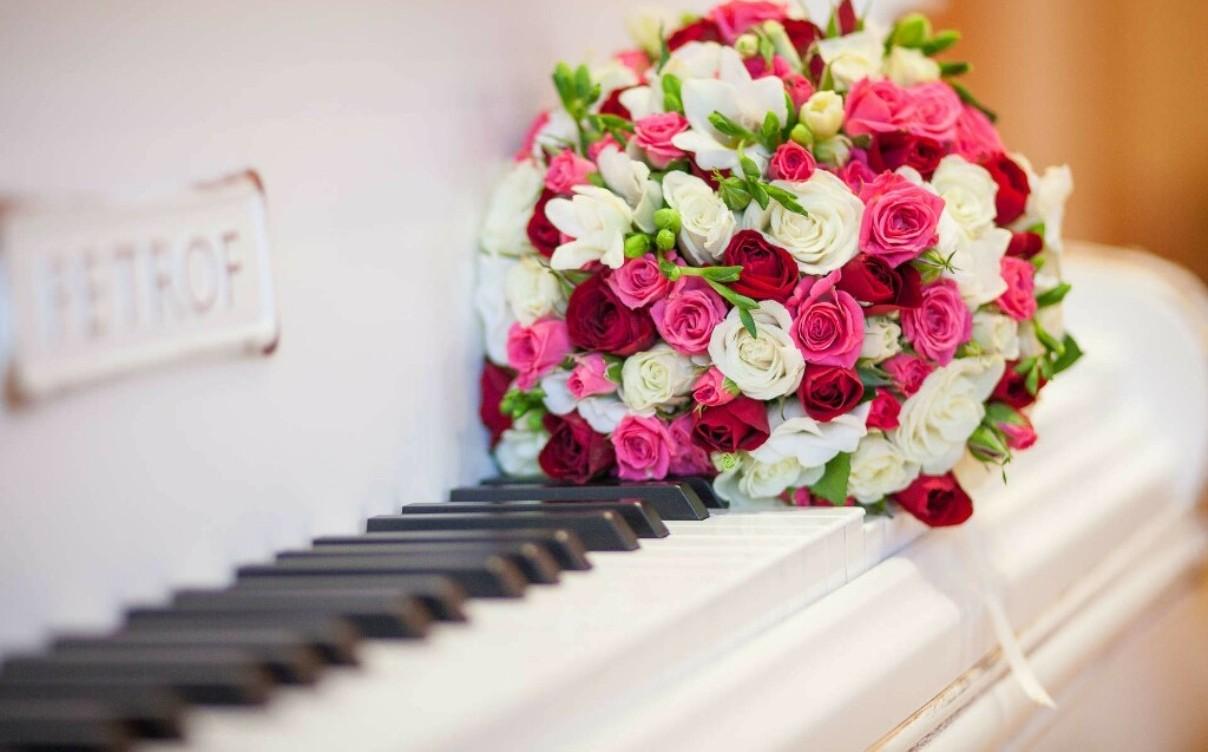 Как собрать букет из кустовых роз – статьи «Букет лета».