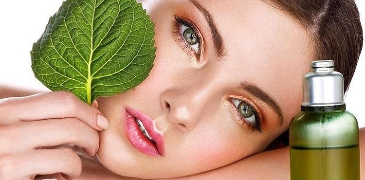 Касторовое масло для лица: варианты и правила применения вокруг глаз