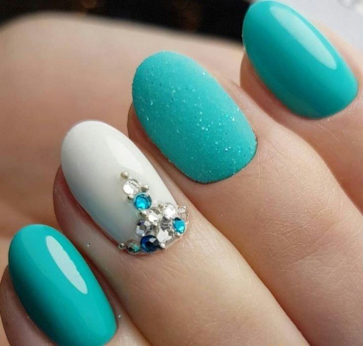 ногти с бирюзовым цветом фото которой
