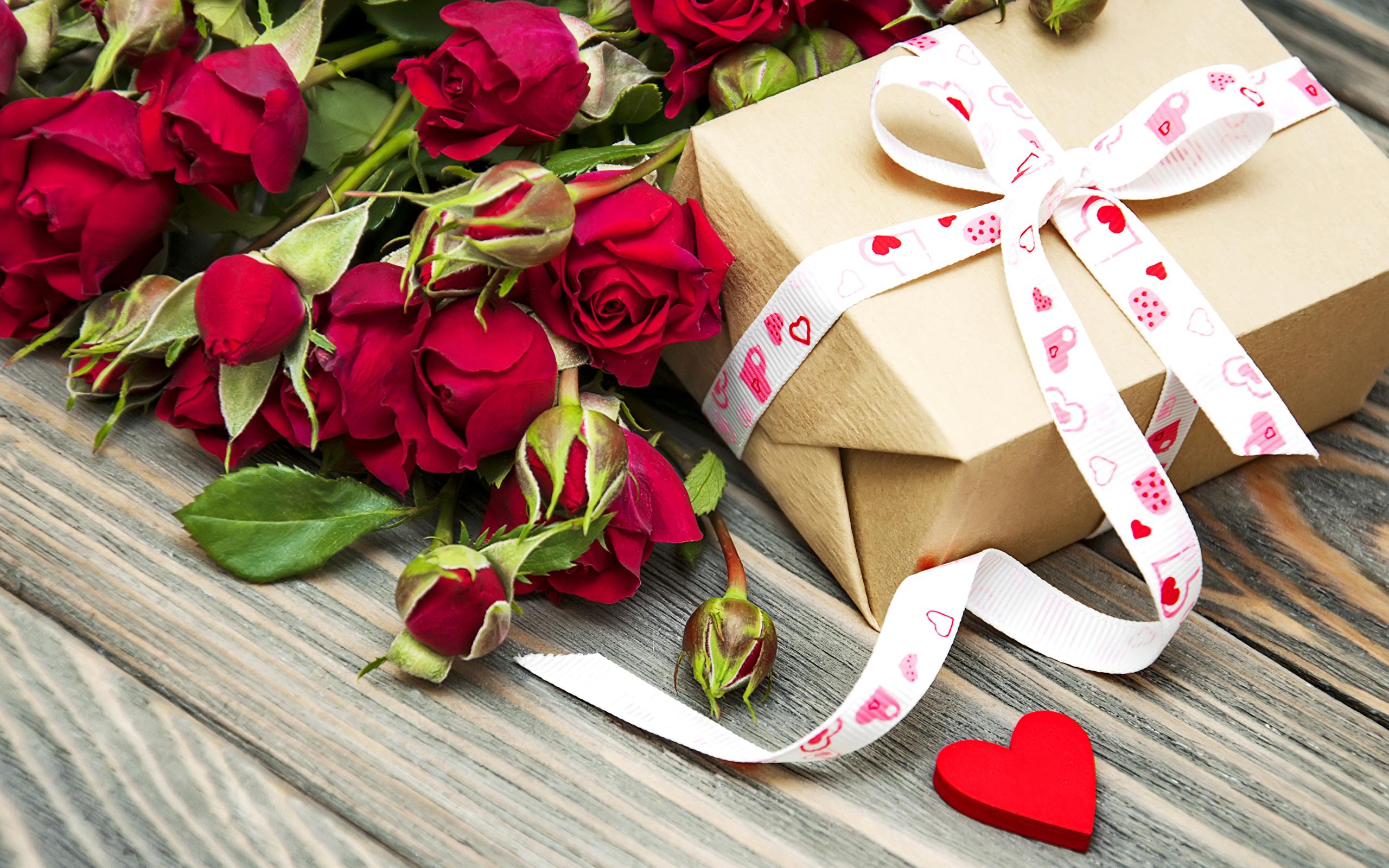 Поздравления и подарки на день рождения девушке